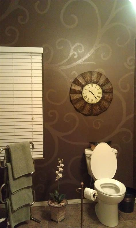 bathroom wall stencil ideas i want to do this in my bathroom pinner said she used a