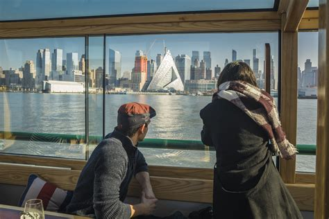 boat tour nyc architecture nyc sightseeing cruise on yacht manhattan classic harbor