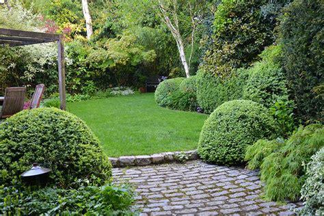 jardines casas de co 5 ideas para plantear y decorar jardines peque 241 os