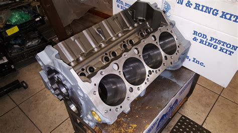 Small Block Chevy Engine by Small Block Chevy 383 Stroker Engine Machining And Custom