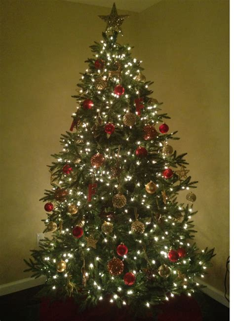7 foot delaware spruce artificial christmas tree unlit