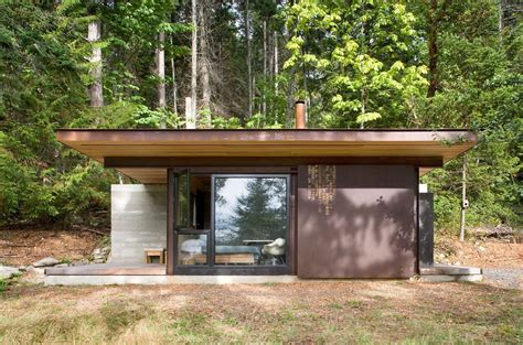 Steel Cabins by 7 Clever Ideas For A Secure Remote Cabin Modern House