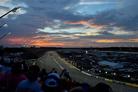 NASCAR: Four More Tracks That Need To Add Lights