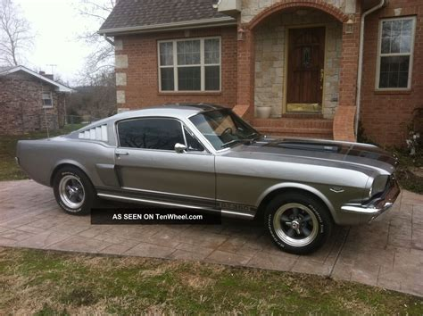 1965 mustang colors 1965 ford mustang fastback colors