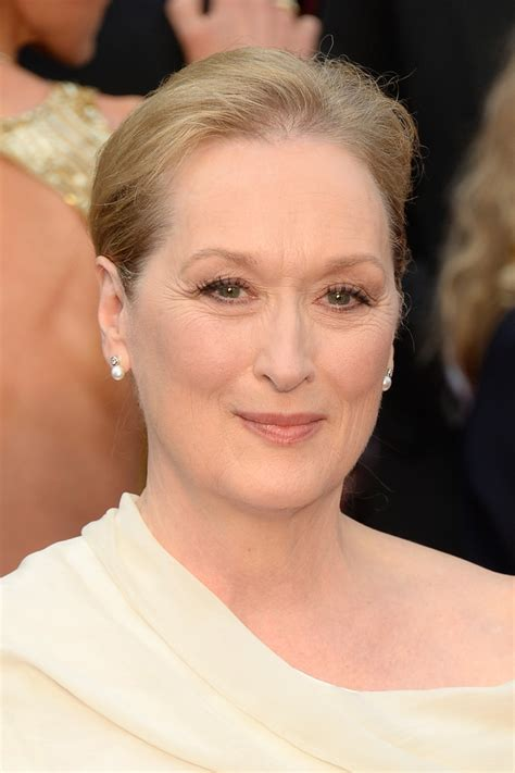 best color of lipstick for women over 60 meryl streep demonstrates classic makeup for woman over 60