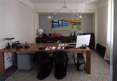 scrivania studio scrivania studio di tavoli piacenza with scrivania