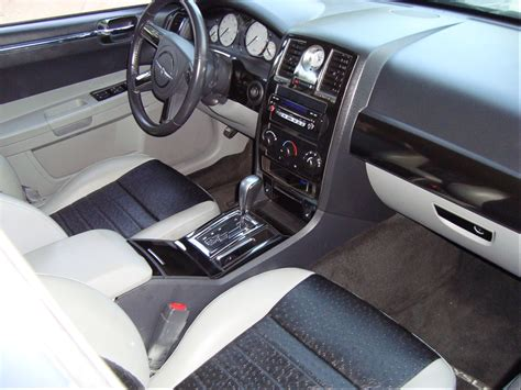 custom chrysler 300 interior pictures to pin on