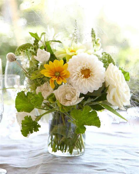 Flower Wedding Reception Centerpieces by 39 Simple Wedding Centerpieces Martha Stewart Weddings