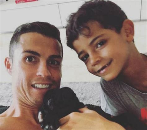 cristiano ronaldo father biography ronaldo expecting twins with surrogate mother who is due