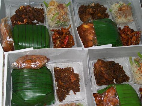 pesanan nasi box  nasi kotak