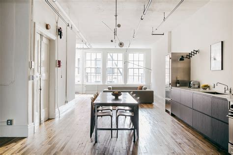 Bond Interior Design by Elizabeth Architecture Design Creates A New York