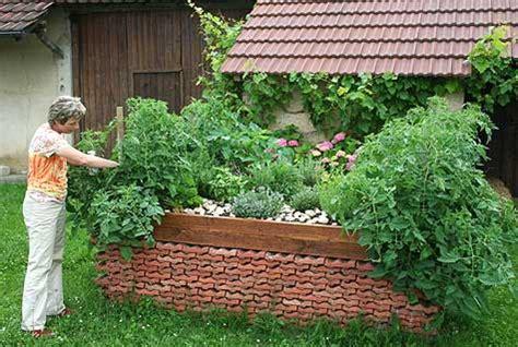 geranien pflanzen ab wann gartengestaltung hochbeet oder pflanzk 252 bel 187 pflanzk 252 bel