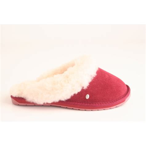 emu slippers emu australia emu slipper in rust suede leather