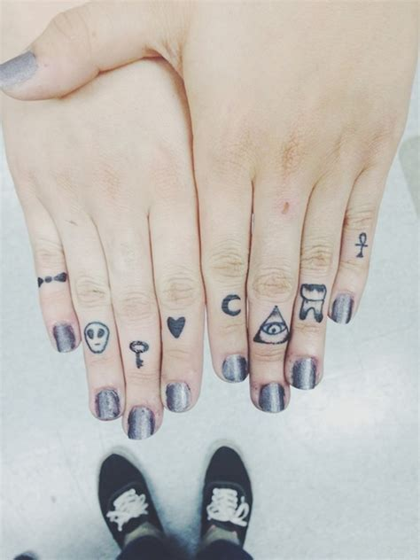 42 simple fingers tattoos