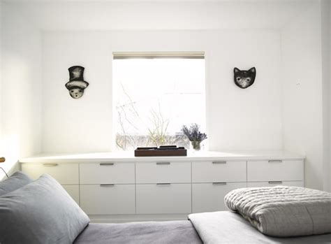 bedroom built ins bringing life to your small bedroom while saving valuable