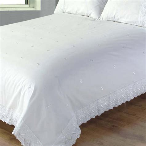 broderie anglaise bed linen victoriana white broderie anglaise duvet sets bedding