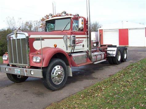old kenworth emblem 25 best ideas about medium duty trucks on pinterest
