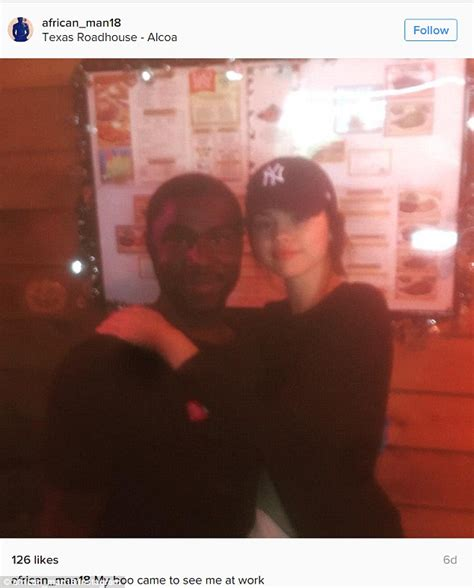 Detox Tn by Selena Gomez Poses For Photo With Fan At Roadhouse
