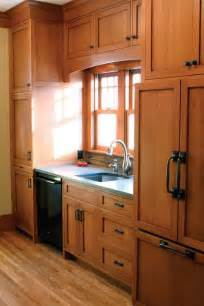 oak cabinet kitchen oak cabinets and hardware on