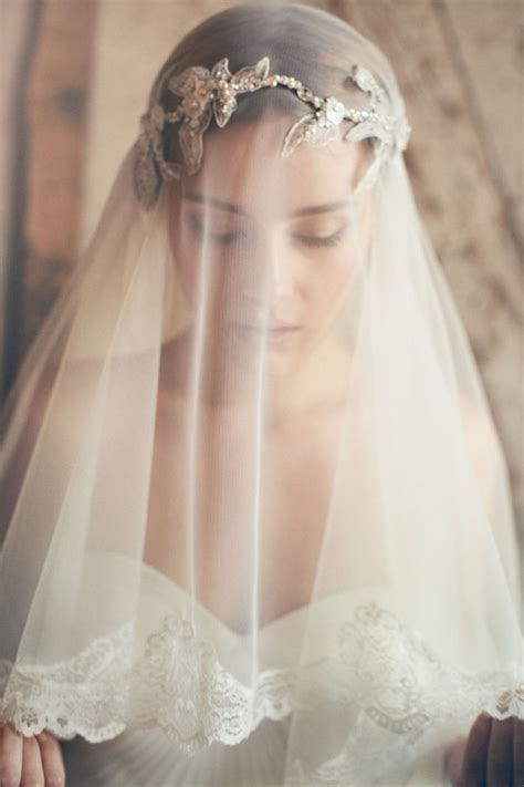 Team Wedding Blog The Blusher Veil is Back