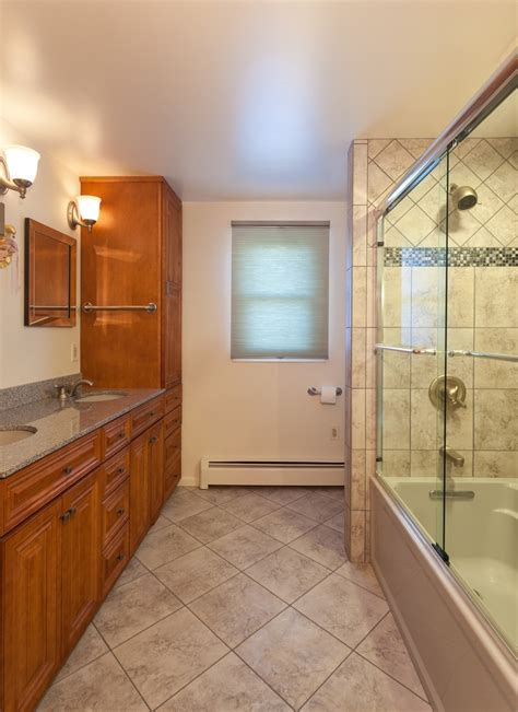 do large tiles make a room look smaller 33 best images about kitchen and bath floors on ceramic tile bathrooms ceramic