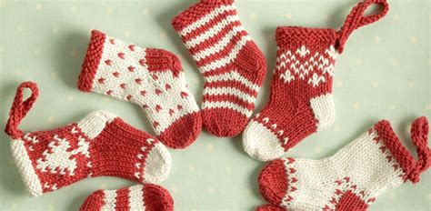 pattern for knitted mini christmas stocking knitted mini christmas stockings