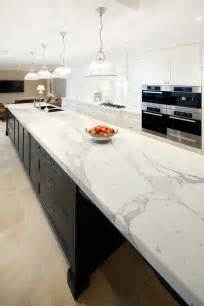 White Kitchen Cabinets With White Quartz Countertops - 29 quartz kitchen countertops ideas with pros and cons digsdigs
