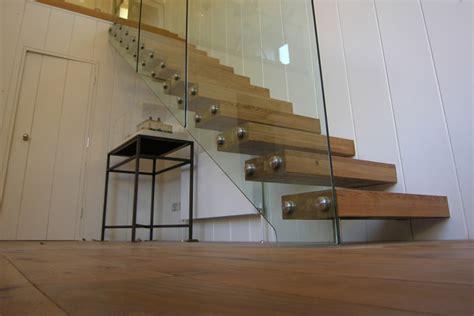 foto  scale interne dal design moderno mondodesignit