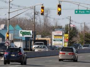 a yellow light at an intersection means letter at intersections yellow lights stop