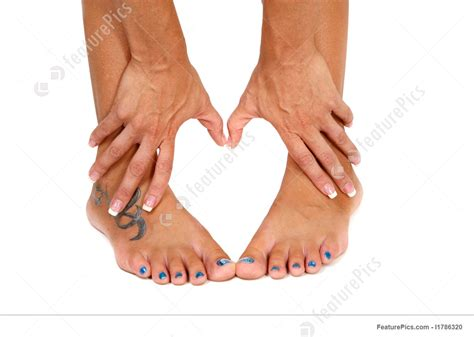 feet and hands shape of a heart image