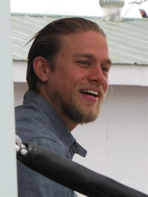 how to grow hair like jax teller love that he s growing his hair out charlie hunnam