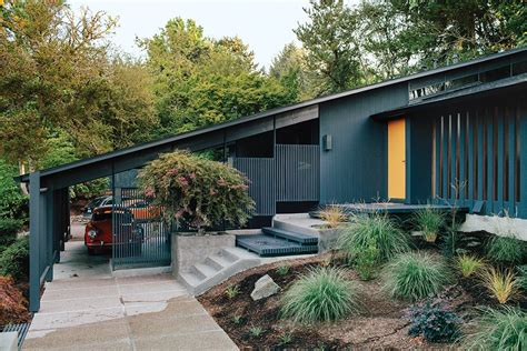 what is a mid century modern home dwell midcentury modern homes across america