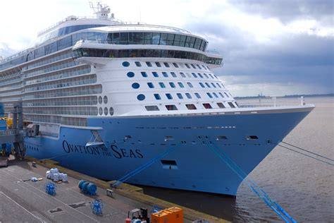 biggest ships in the world wiki the world s largest cruise ship allure of seas wiki best