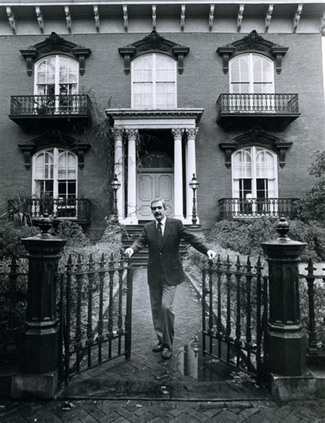 mercer house jim williams at his beloved mercer house why yes darlin i do l