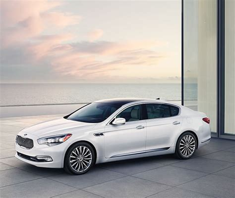 Most Expensive Kia Car At 60 400 The 2015 Kia K900 Is The Most Ambitious And