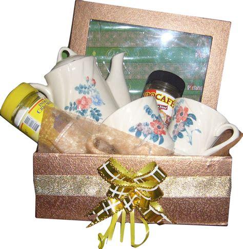Jual Keranjang Parcel Di Tangerang jual parcel lebaran teaset di bogor 085959000628 kode pbd02 bunga mawar