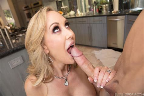 brandi love kitchen sex