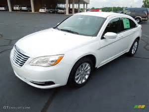 White Chrysler 200 Bright White 2013 Chrysler 200 Touring Sedan Exterior
