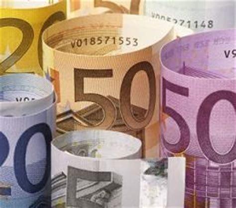ufficio tributi mestre imposte tasse e tributi gli italiani pagano in media 7