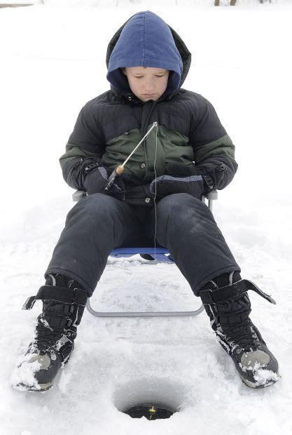 mcnally boat landing winona photos kids ice fishing day 2 23 13 local