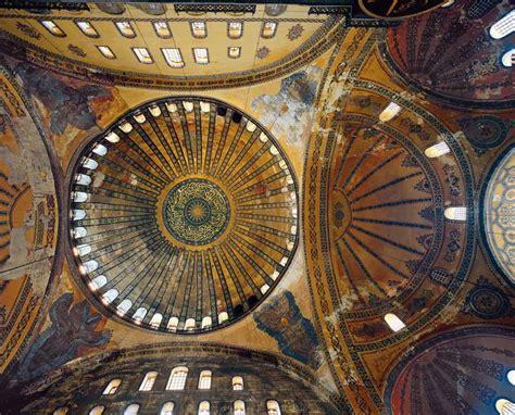 cupola di santa sofia c 250 de santa sofia alcanza los 51m de alto y 31m de
