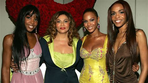 read tina knowles lawsons letter to beyonce solange and tina knowles pens emotional letter to beyonce solange