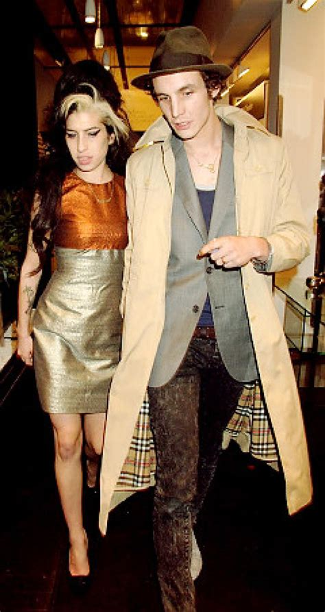 Fielder Civil Asks Winehouse For Divorce by Report Wino Hubby Headed For Splitsville Ny Daily News