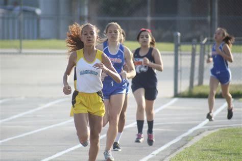 orange park track oakleaf wins junior high track titles clay today