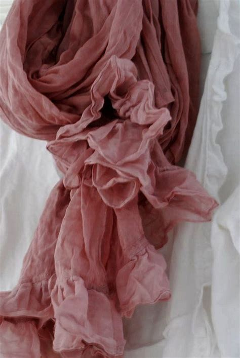 Amoree Dusty Pink sun mauve and antique roses on