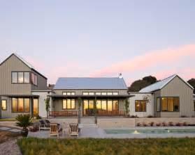 Modern Farmhouse   Houzz