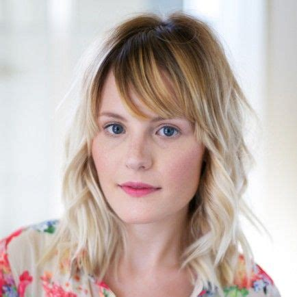 how to cut your own bangs over 40 how to cut your own flirty bangs beauty pinterest