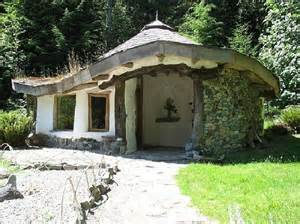 cob houses 10 amazing houses made of dirt and straw