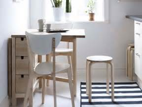 kitchen table ideas for small kitchens bloombety small kitchen table sets with plain colour1