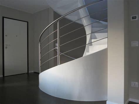pavimenti in resina varese scale decorate con resina varese como